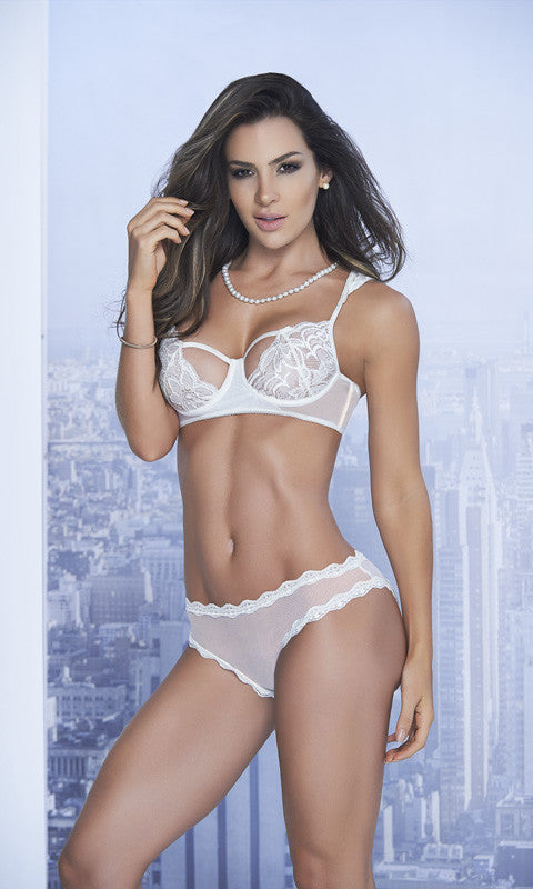 c9007d331 Cute bra and panty sets ...
