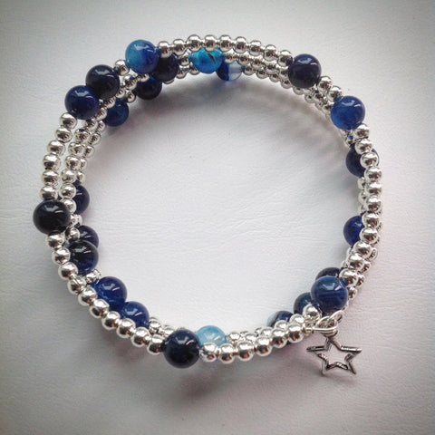 Beaded Memory Wire Bracelet - Blue Banded Agate and Silver - Triple Wrap Bangle - eDgE dEsiGn London