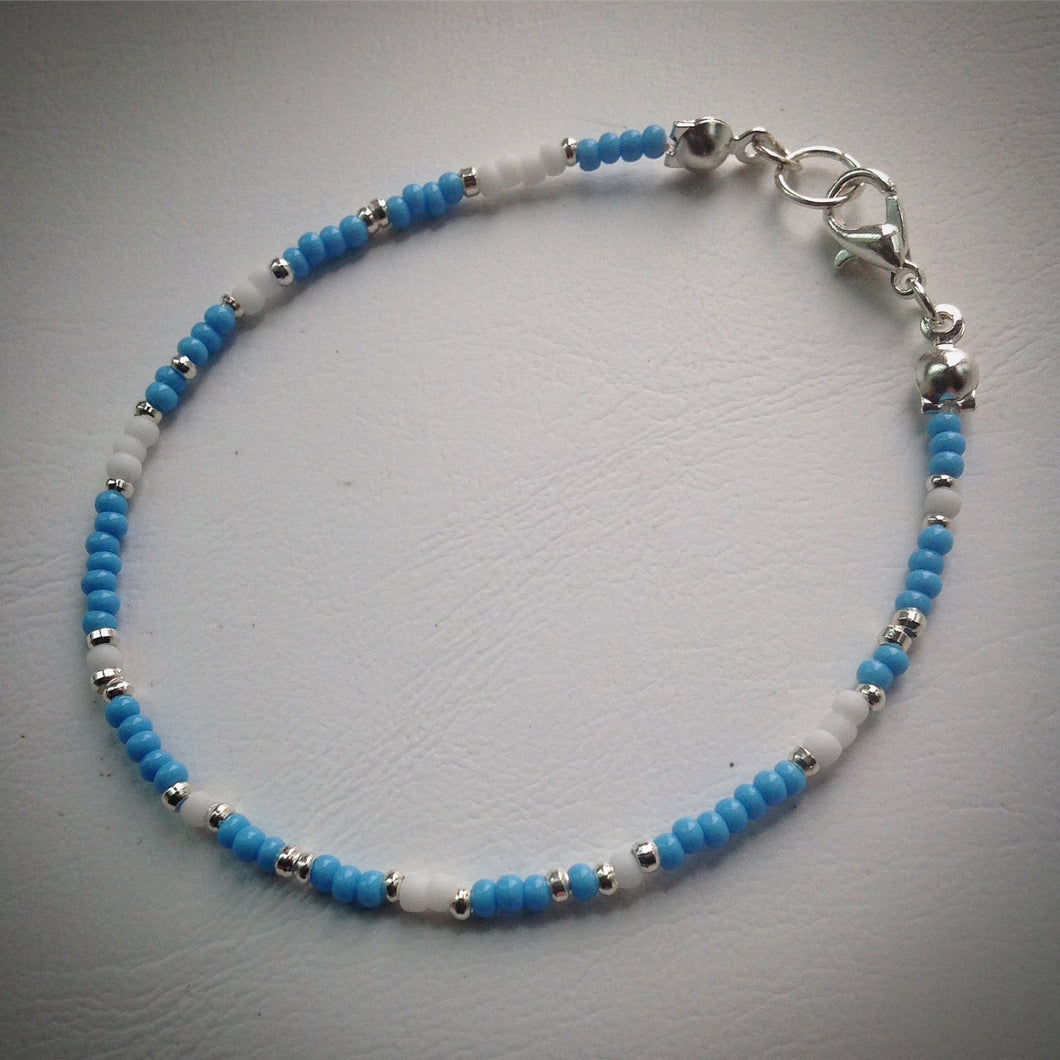 Beaded bracelet - Turquoise, white and silver seed beads - eDgE dEsiGn London