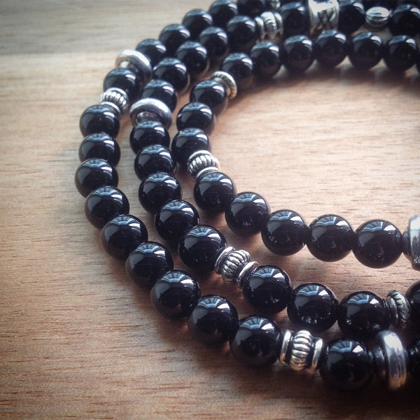 Beaded necklace with black Onyx beads and silver spacer beads - eDgE dEsiGn London