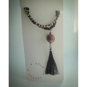 Beaded necklace with pendant - eDgE dEsiGn London