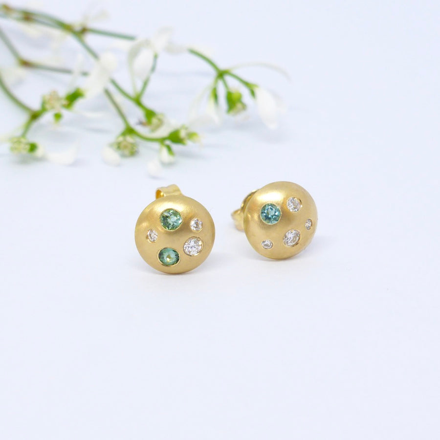 18ct Stud Earrings