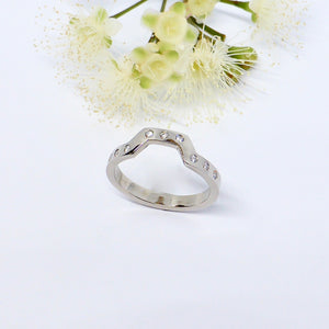 Diamond wedding ring byron bay