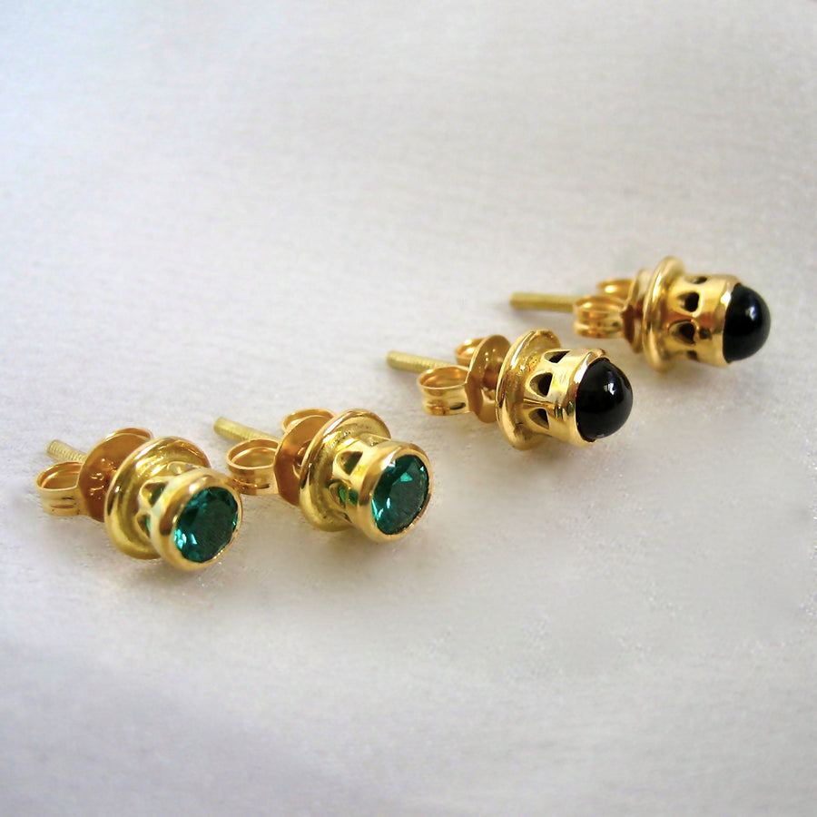 Onyx and gold earring studs
