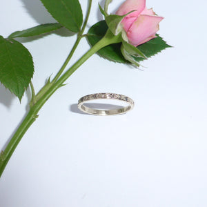 rose ring white gold 18ct