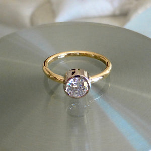 Solitaire diamond ring Lismore