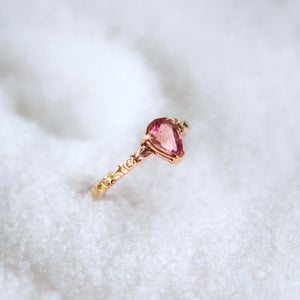 Pink tourmaline ring with Rose engraved band