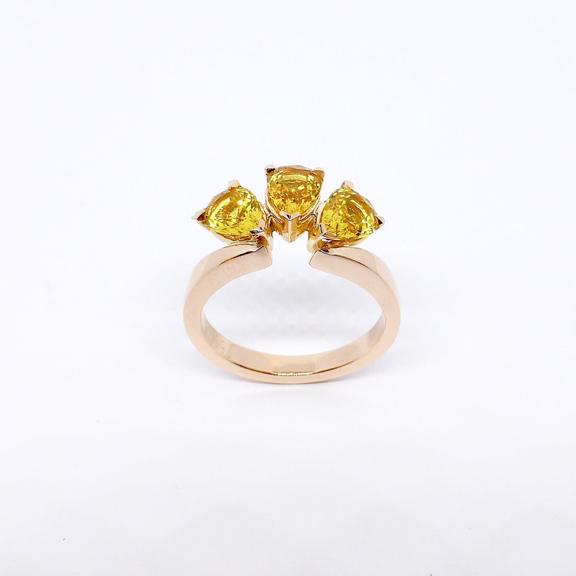 yellow sapphire ring byron bay