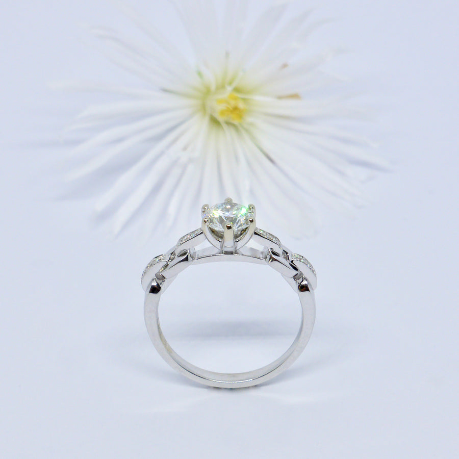 Diamond engagement ring byron bay