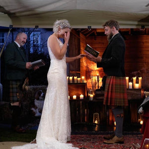 Couple getting married in Kilt