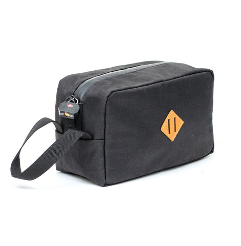 TOILETRY BAG - BLACK FOREST