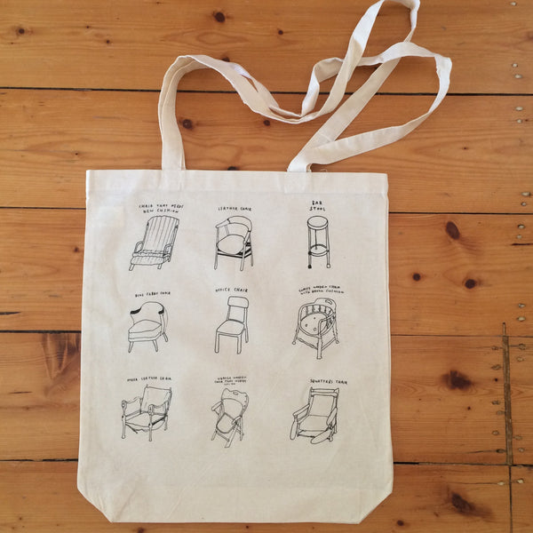 COURTNEY BARNETT Chair Print TOTE BAG