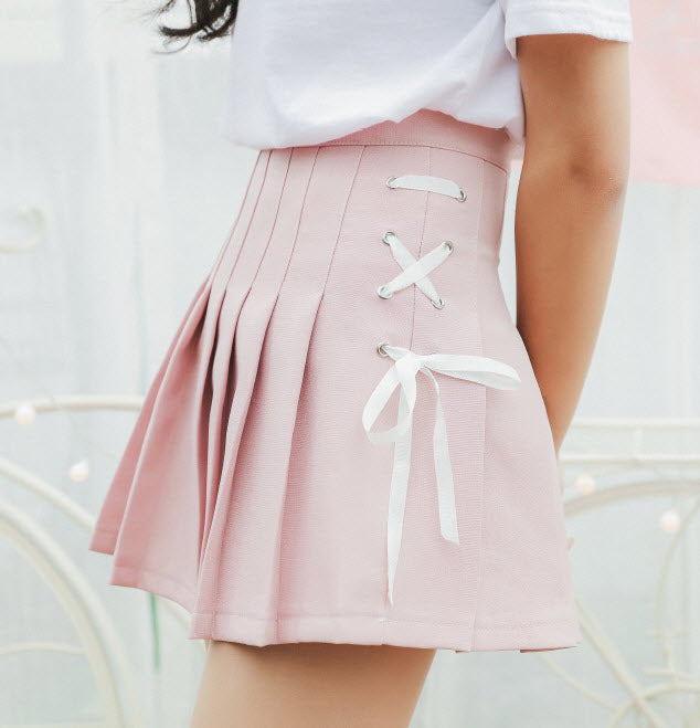 Laced Pleated Skirt (2 Colors)