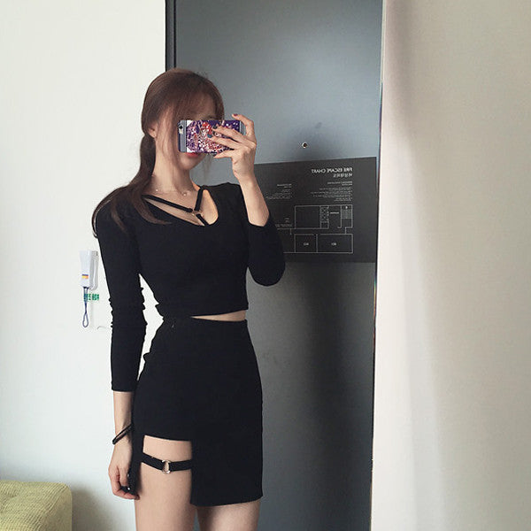 Buckle Slit Skirt