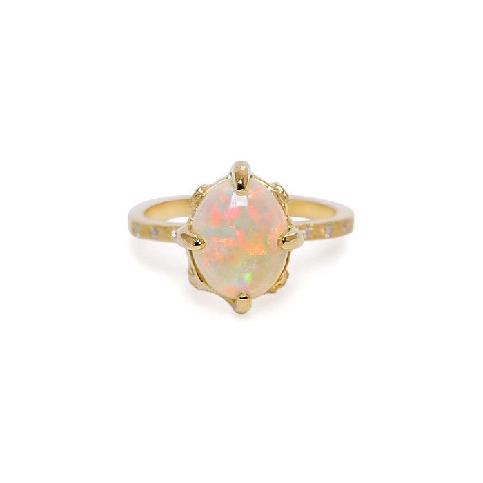Elements oval opal ring
