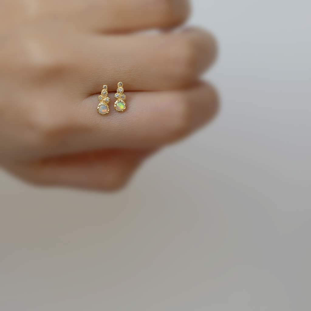 Mini Meteorolite Opal Stud - Single (14K) - James & Irisa Jewellery