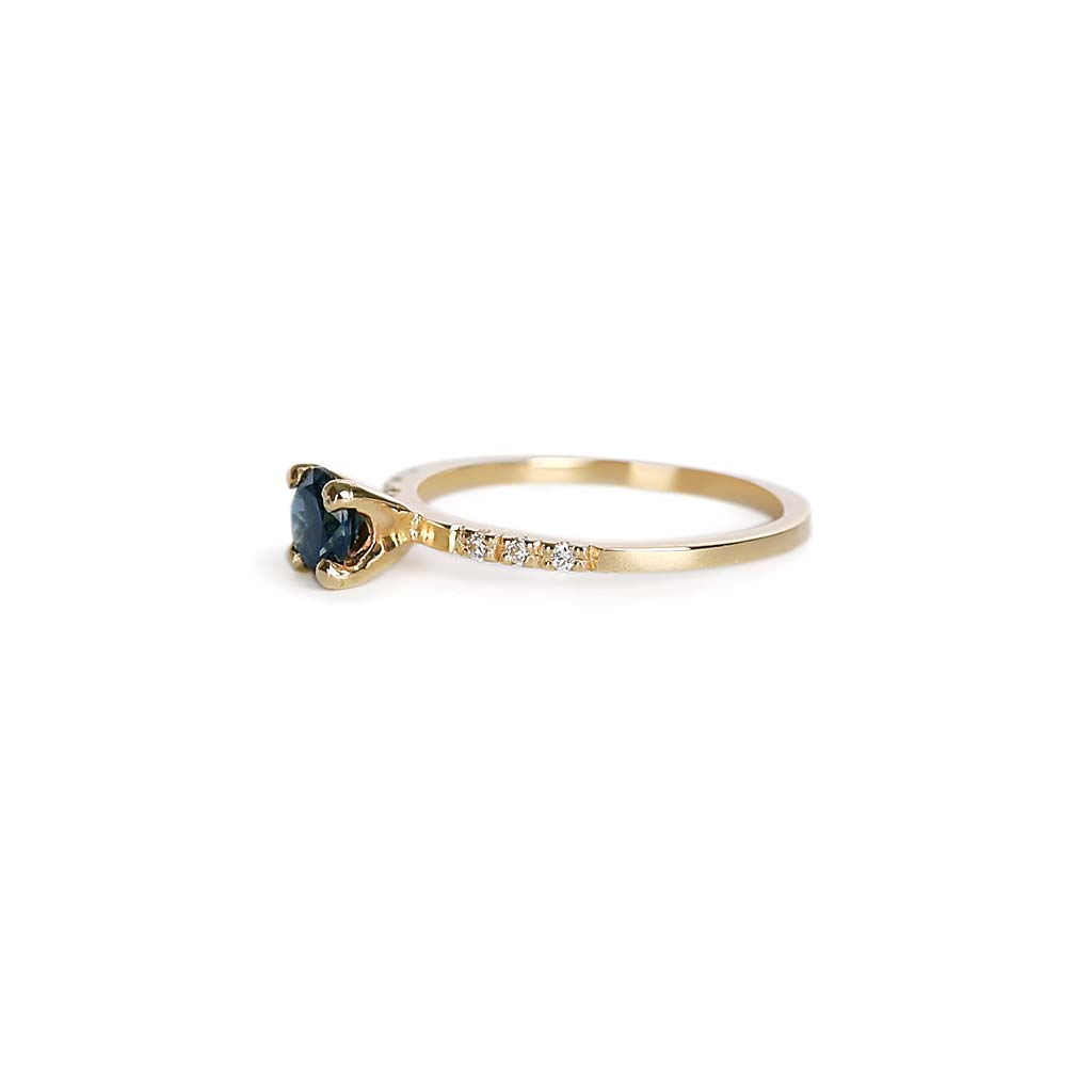 Round Parti Sapphire Solitaire Ring