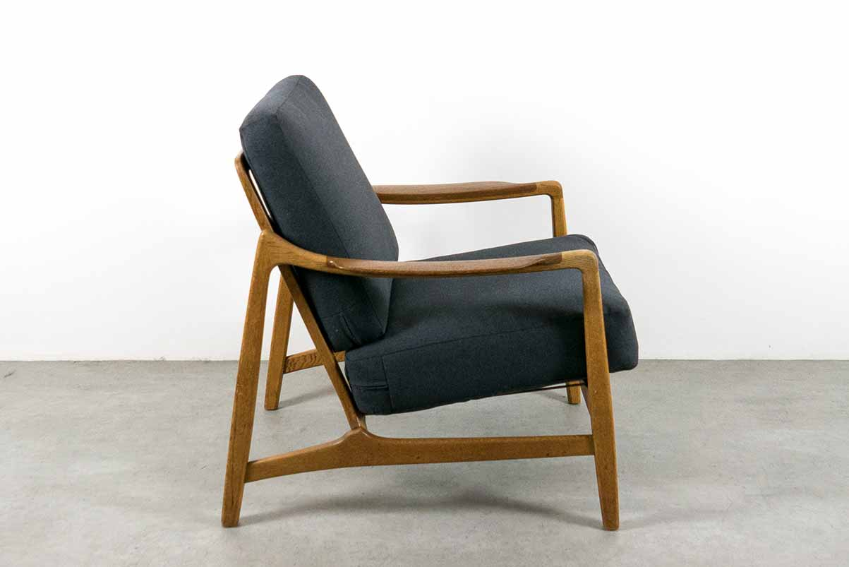 France and Daverkosen armchair at everything but the dog