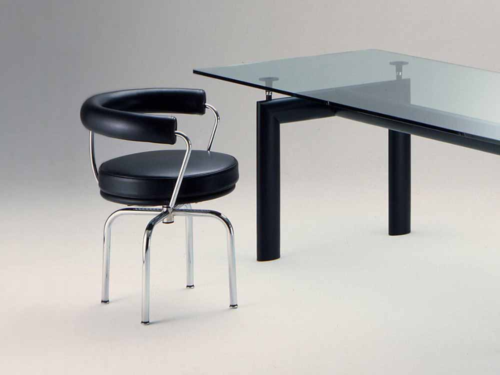 thonet LC7 chair
