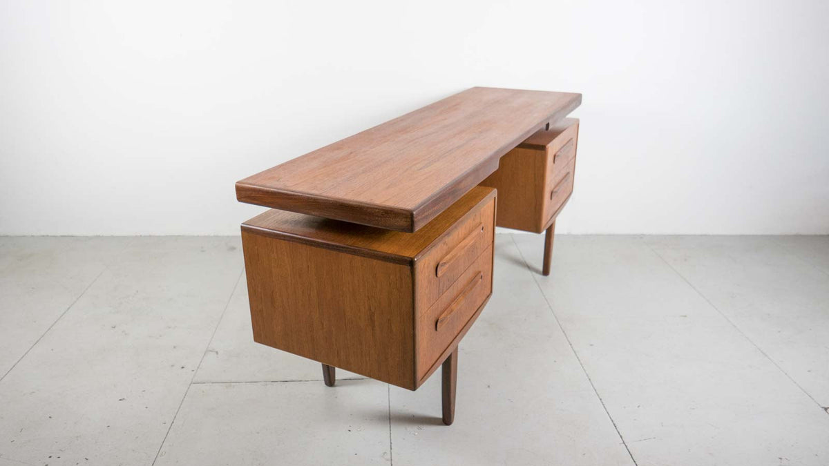 mid-century modern dressing table
