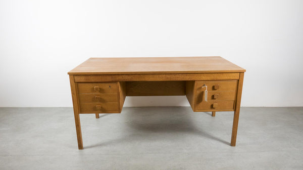 Scandinavian writing desk