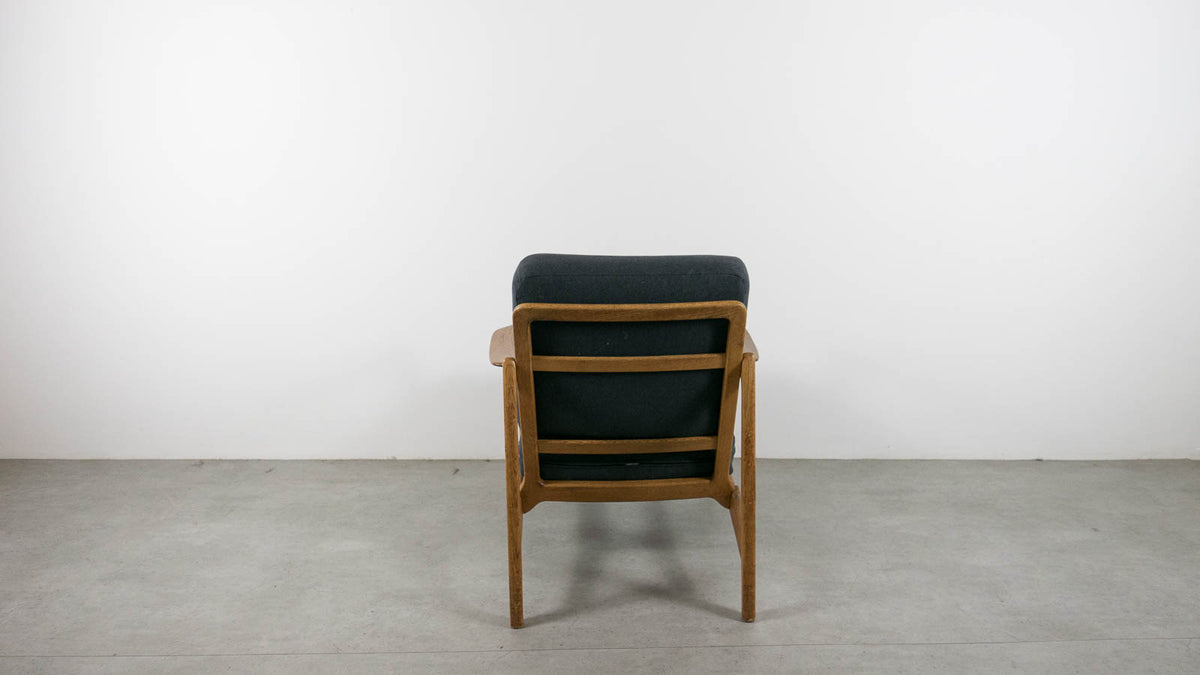 France and Daverkosen armchair