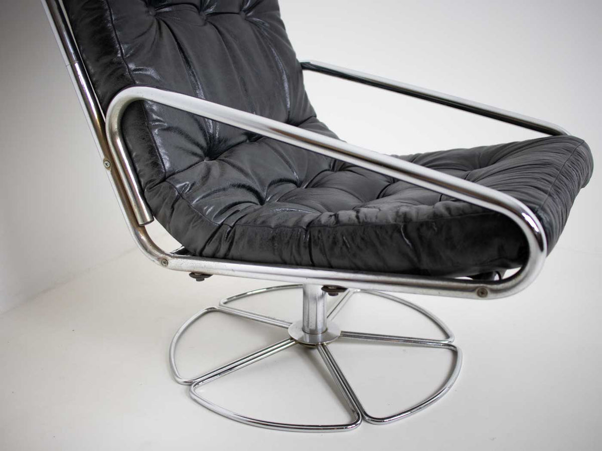 MCM swivel chair