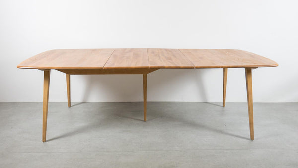 Ercol Grand Windsor Dining Table
