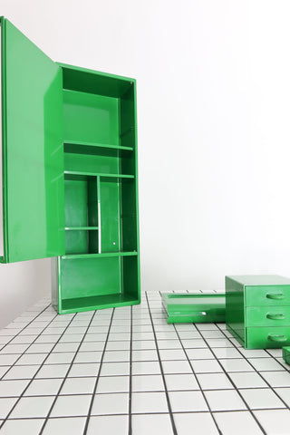 Green vintage bathroom accessories