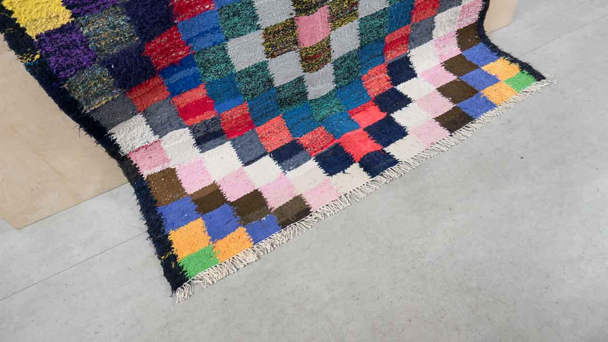 Kilim rug with square pattern