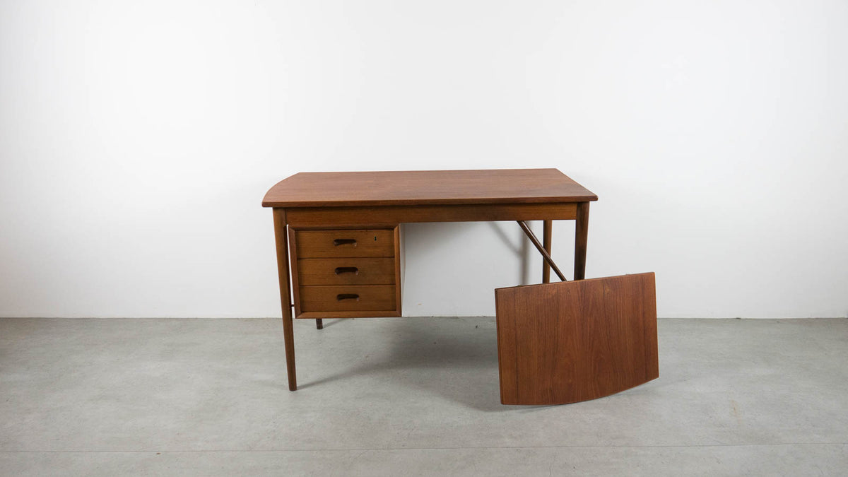 Extendable mid-century writing desk