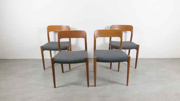 Møller chairs