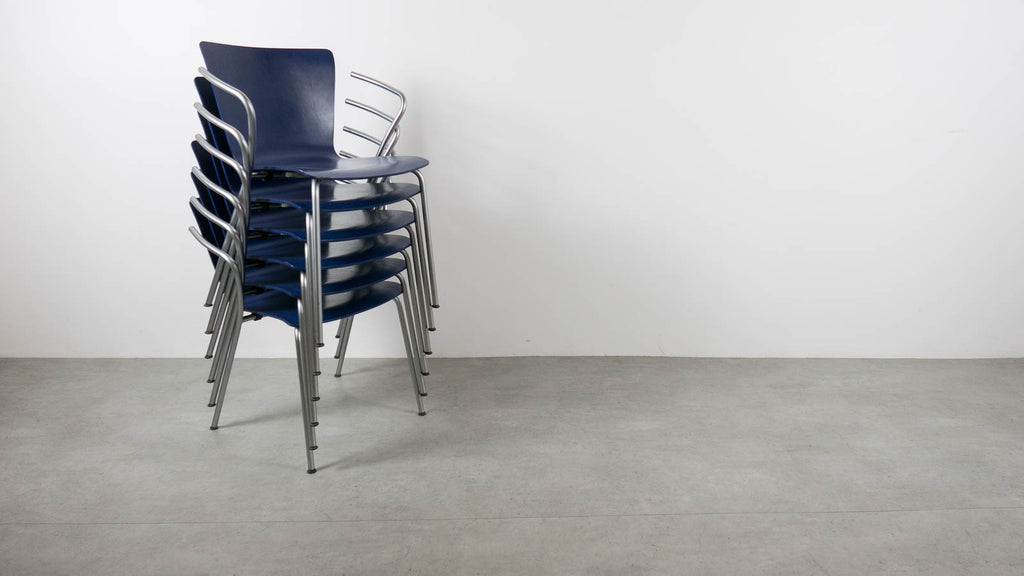 Vicoduo stacking chairs