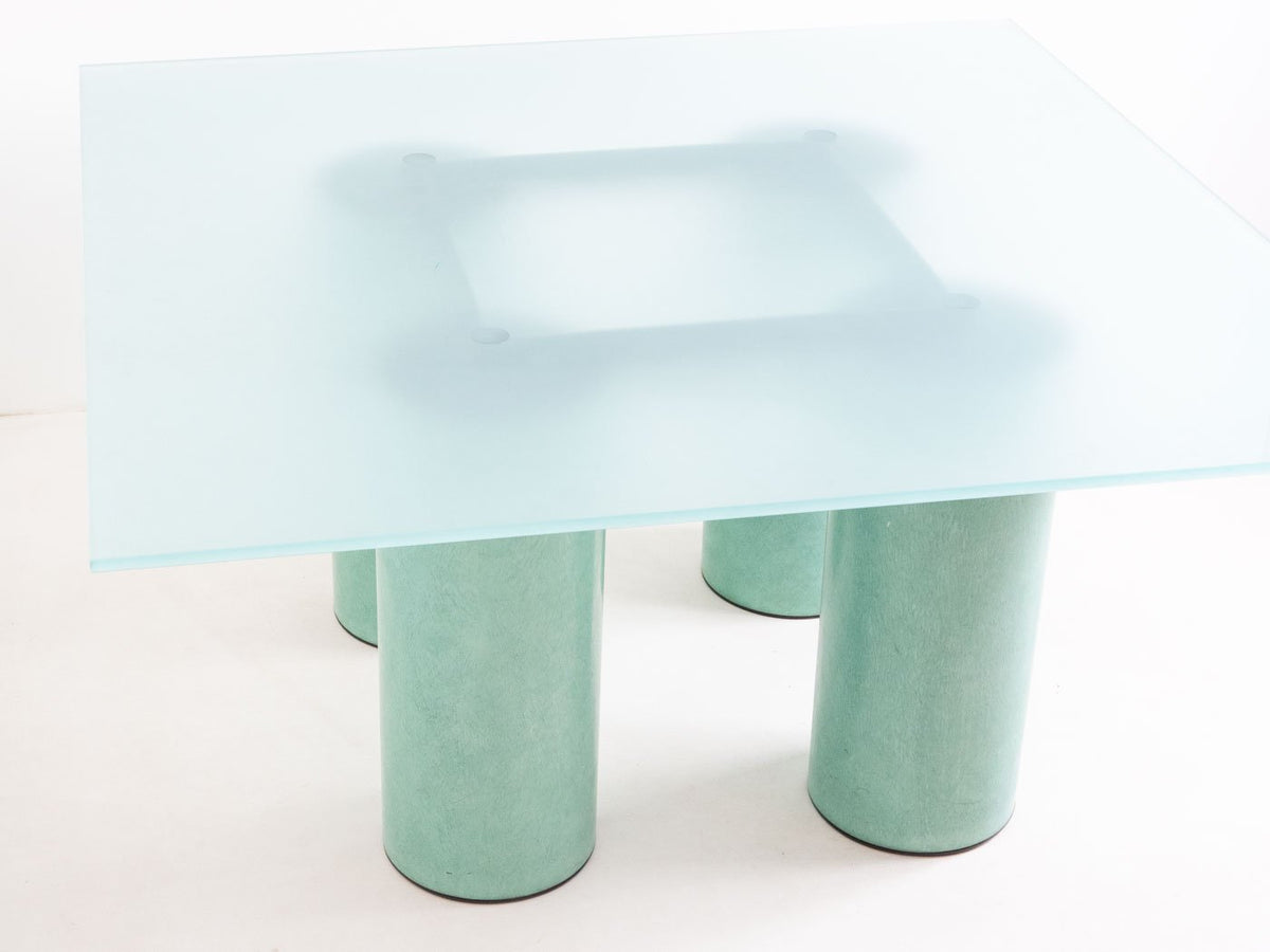 Vignelli glass table