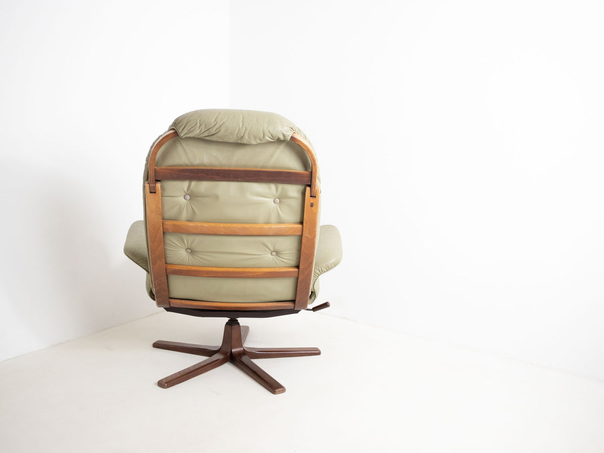 Retro Göte Möbler swivel chair