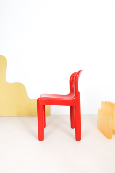 red Kartell chair