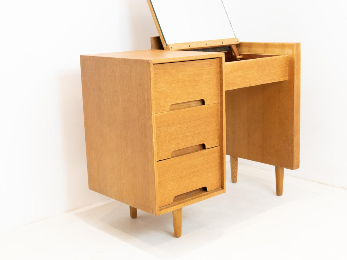 Small Stag desk with mirror