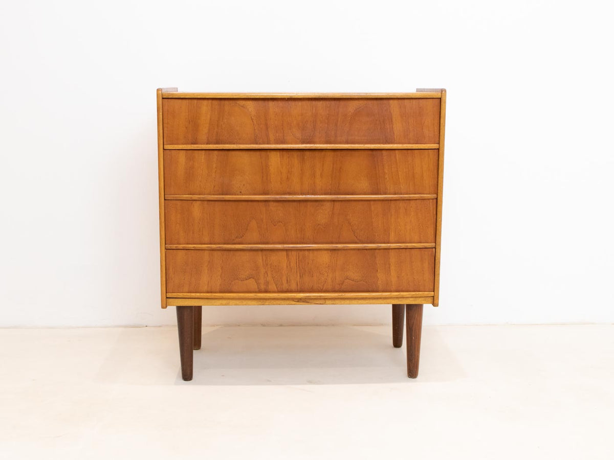 Small mid century modern chest of drawers
