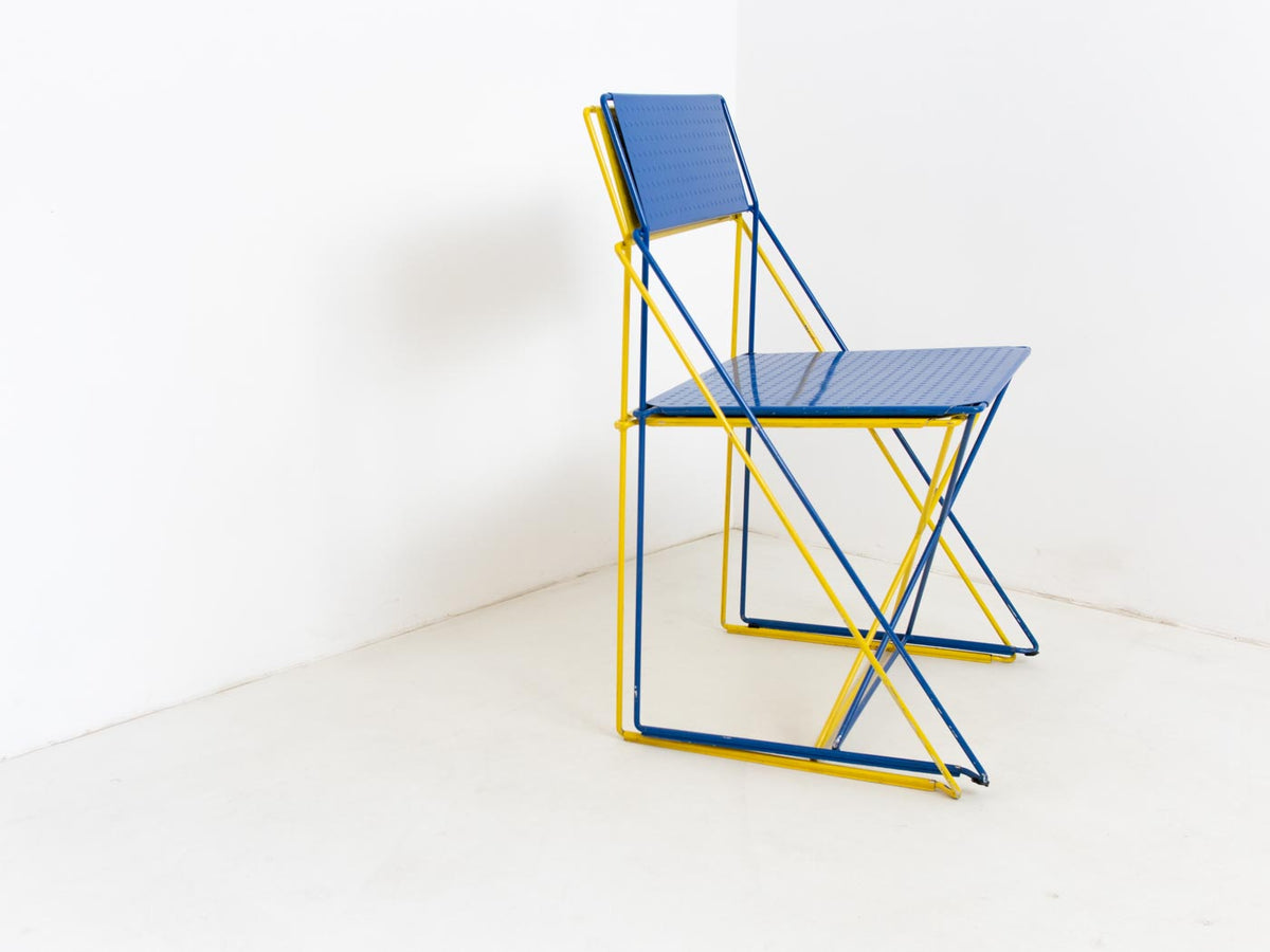 Retro stacking chair