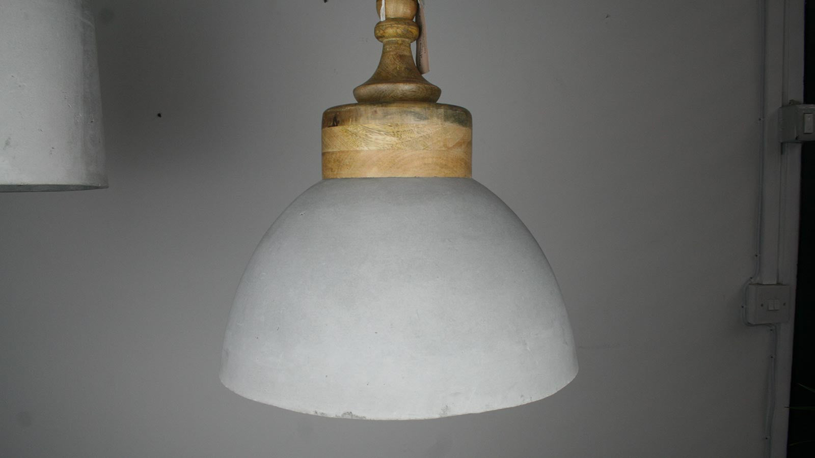Ebtd Concrete Pendant Light With Mango Wood Top