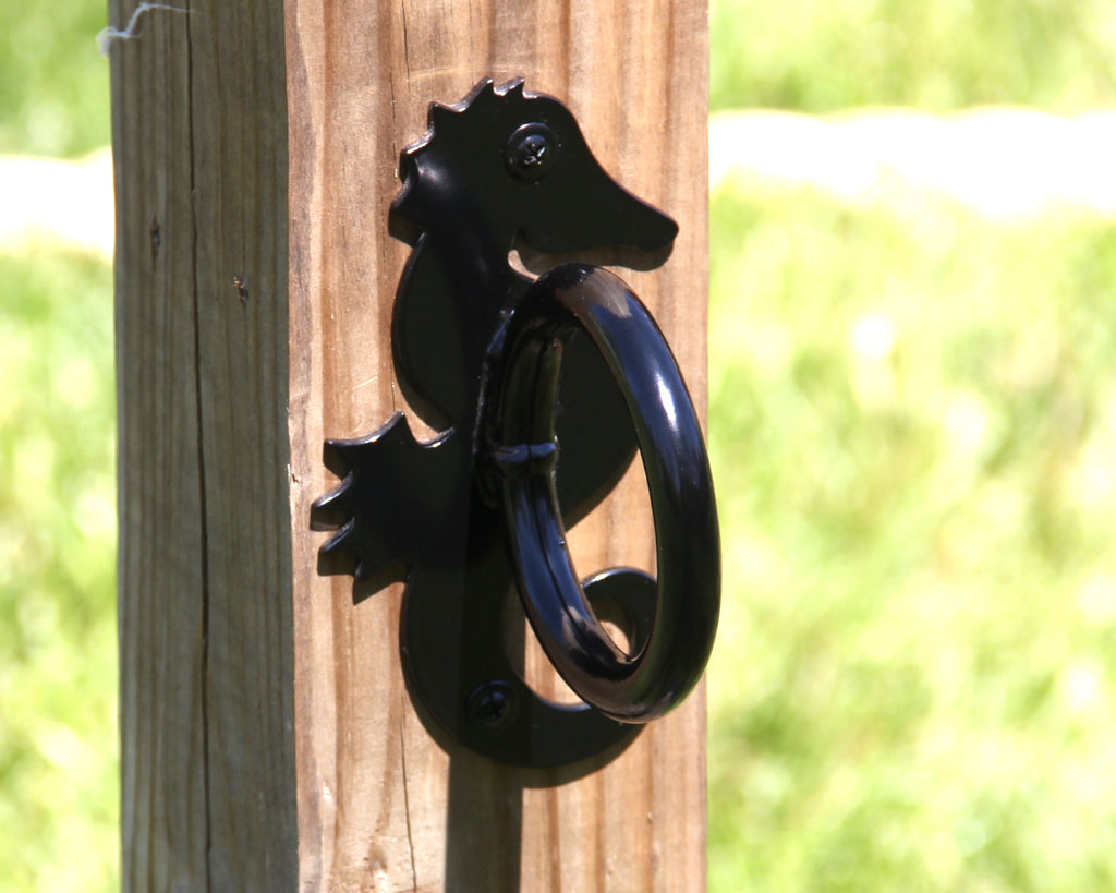 Sea horse nautical rope holder