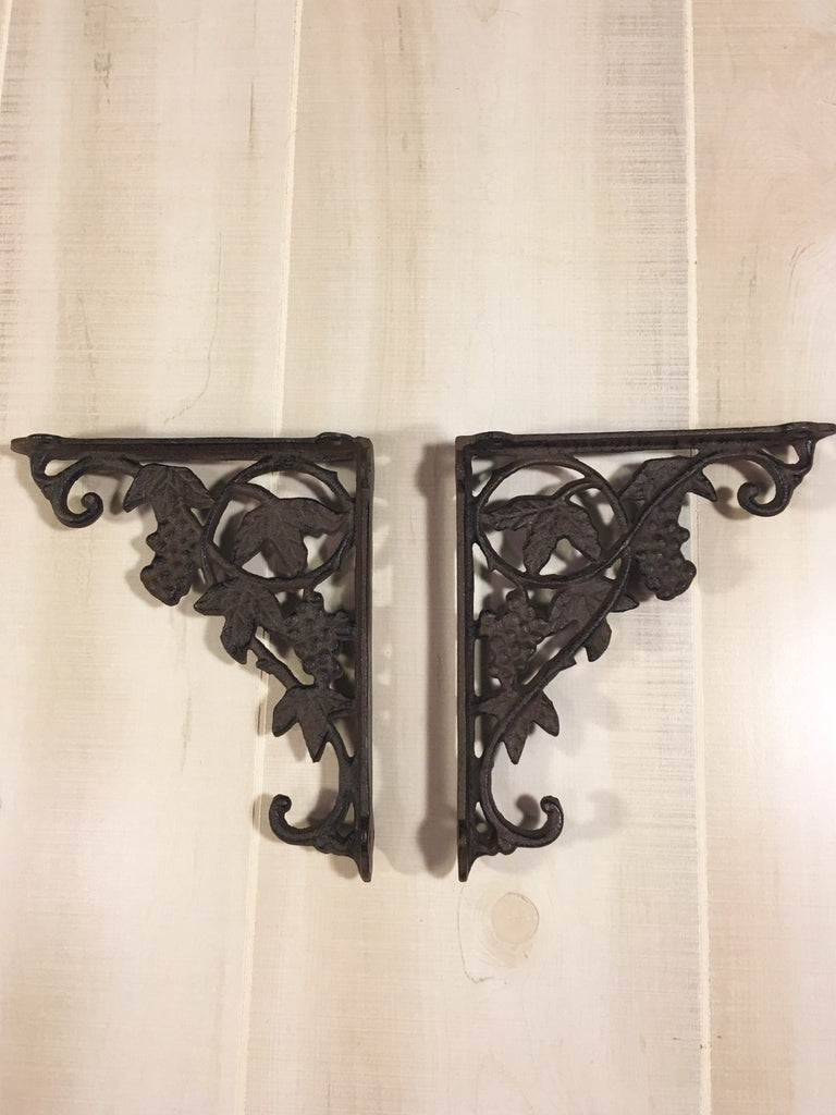 Wrought Iron Grape Leaf Shelf Bracket