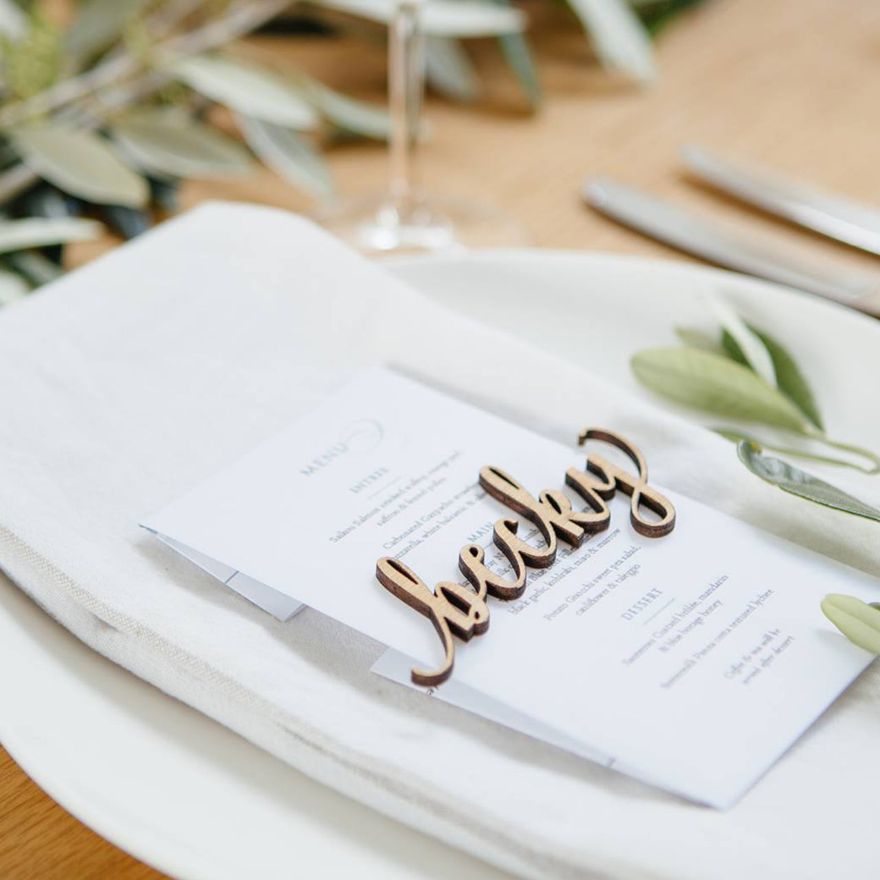 Cut Out Place Settings - Set of x5