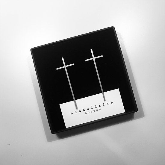 SILVER CROSS EARRING (MEDIUM)