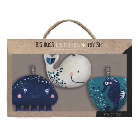 three piece hanging plush set