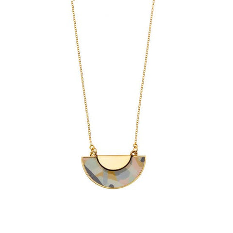 kinsey necklace in gold