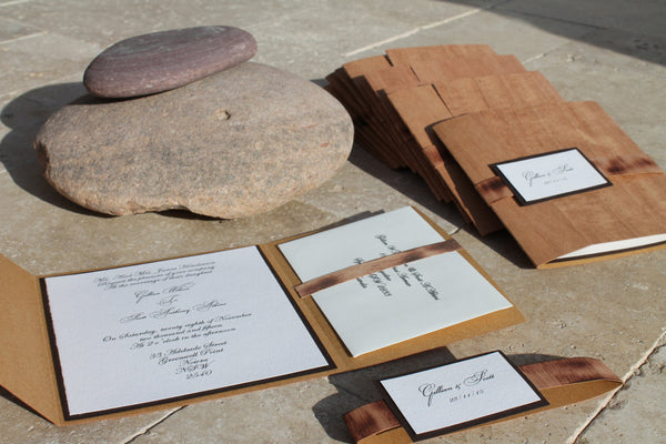 Wooden Pocket-fold Rustic Vineyard Wedding Invitation / Bilingual Wedding Invites