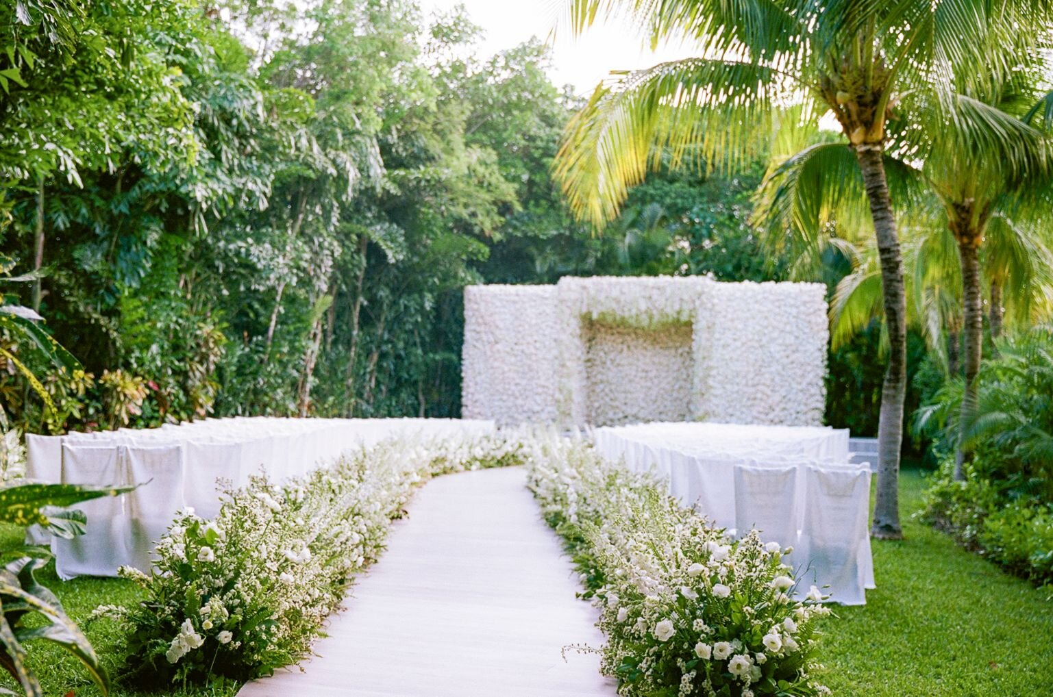 Mexico destination wedding in Rosewood Mayakoba