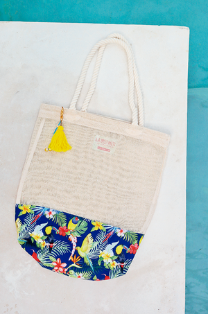 personalized welcome bags for beach wedding