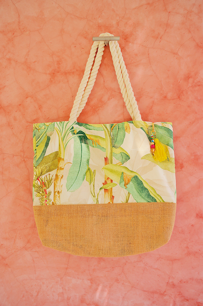 banana leaf beach bag 1